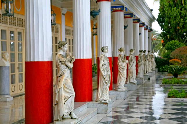 muses_achilleion_palace