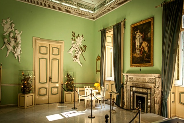 Rooms_of_the_Achilleion_Palce_3