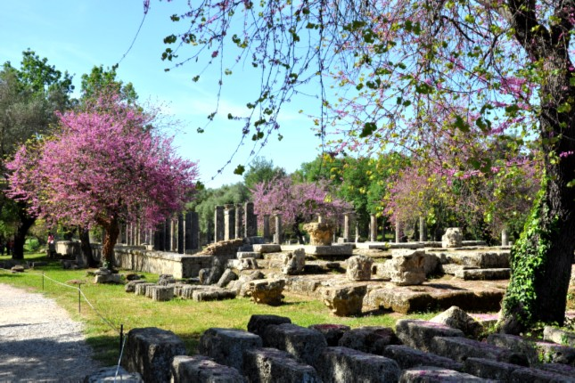 Ancient Olympia and beach tour