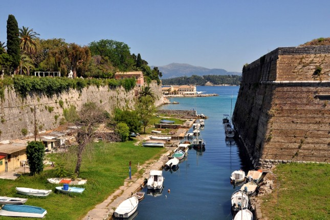 old_fortress_waterway_corfu