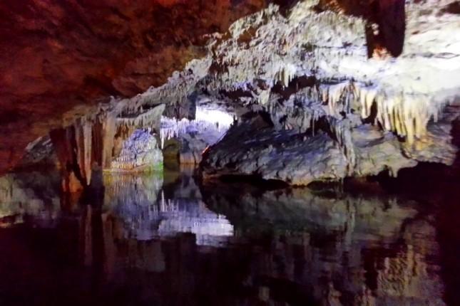 Diros cave tour