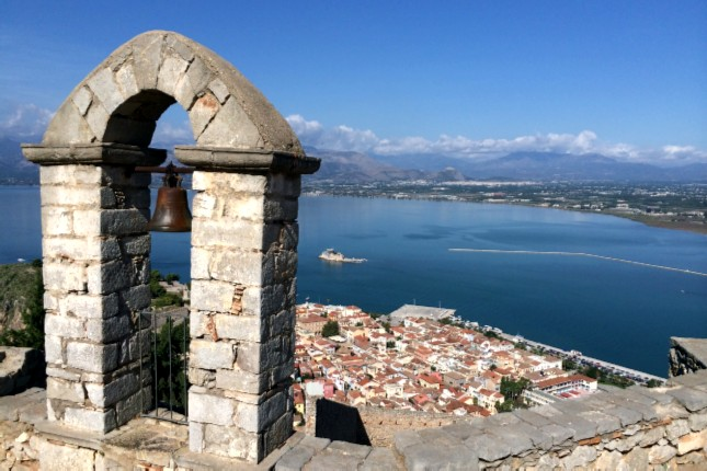 Explore the Thumb of the Peloponnese