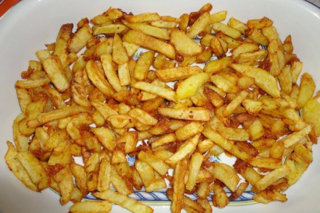 Greek delicious fried potatoes