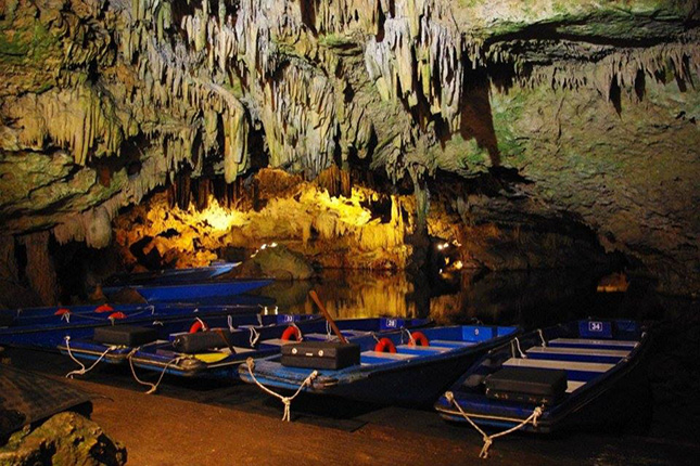 Gythion Diros Caves