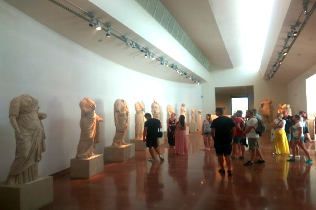 Museum of Olympia tours