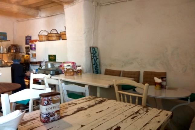 Mykonos_tavern