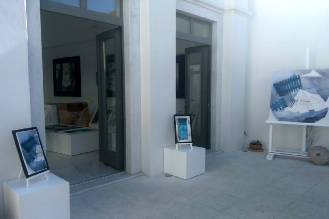 Oia art galleries