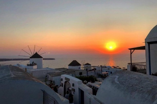 Santorini best sunset