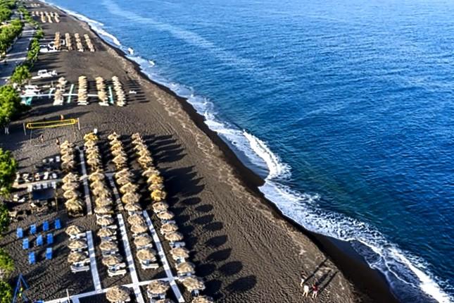 Camari_beach