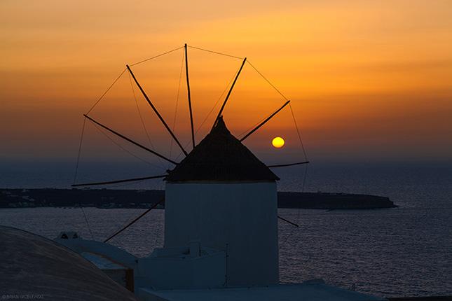 THE GREEK ISLANDS 15