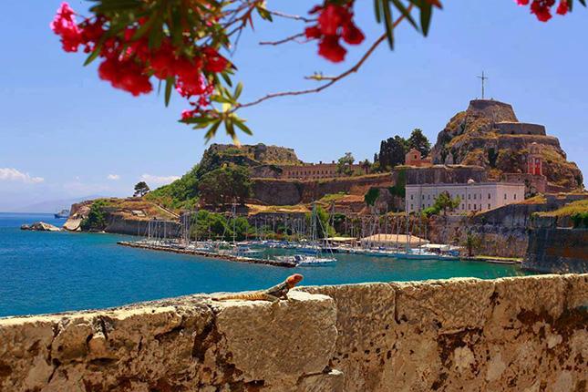 THE GREEK ISLANDS 2