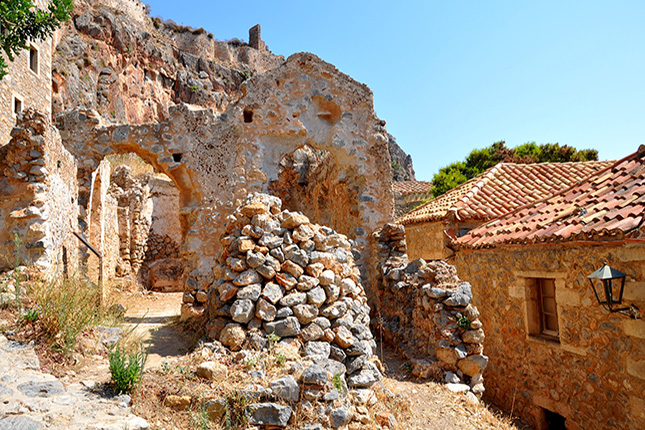 Monemvasia Castle Town - The Hidden Gem of the Medieval Peloponnese 14