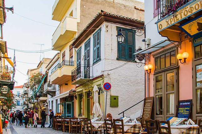 Peloponnese City Hopping - Mycenae - Nafplio - Epidauros with a stop at the Corinth Canal 6