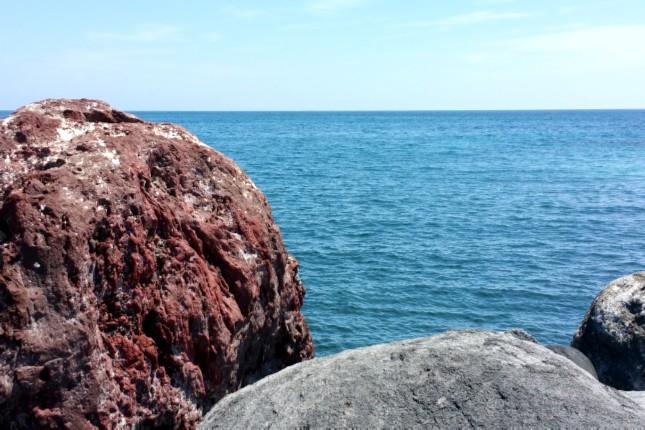 Volcanic_rocks_santorini
