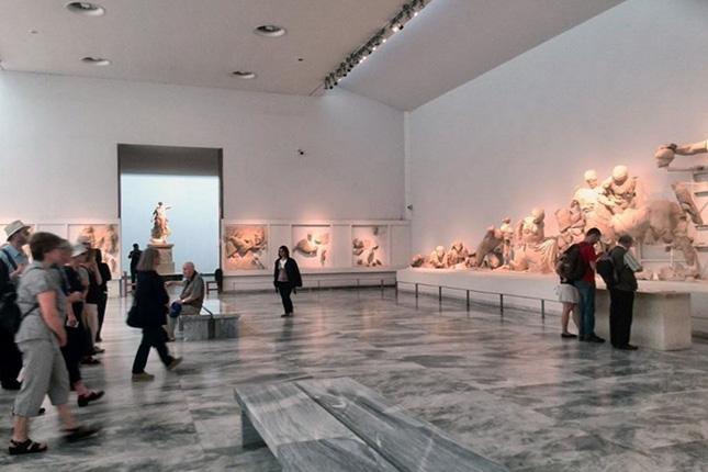 Olympia museum tour