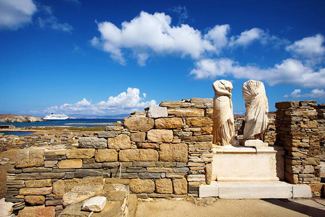 The Light of Mykonos with a tour of Delos Islet 02