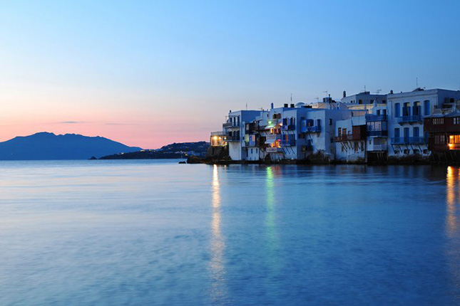 The Light of Mykonos with a tour of Delos Islet 05