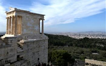 Premium skip-the-lines Athens-Piraeus tour