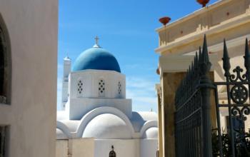 Santorini_churches
