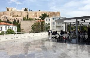 The Best Time to Visit the Ancient Ruins & Museums in the Summertime in Greece