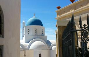 Santorini_churches