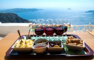 Santorini_wine_tasting_tour